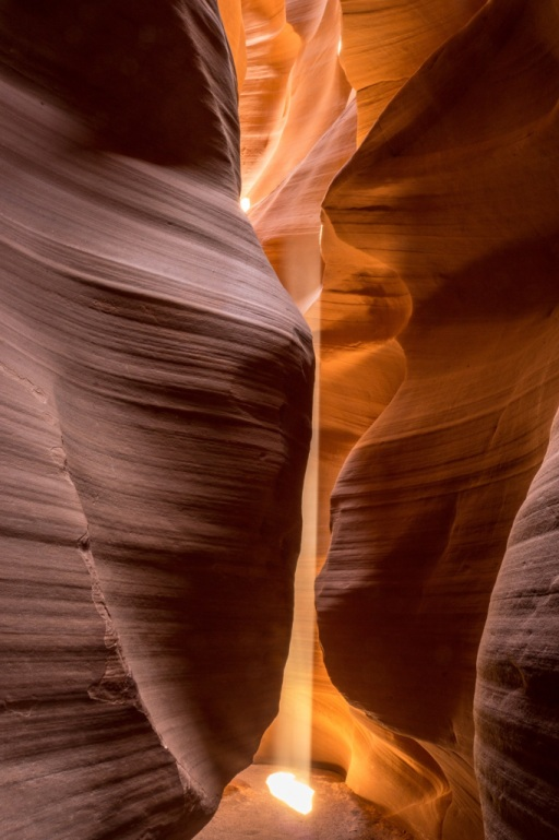 Upper Antelope Canyon - light beams